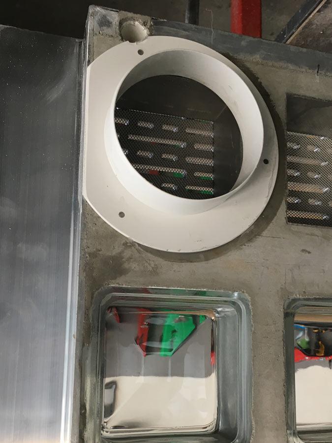 Integrierter Anschluss für Ablufttrockner auf der Unterseite