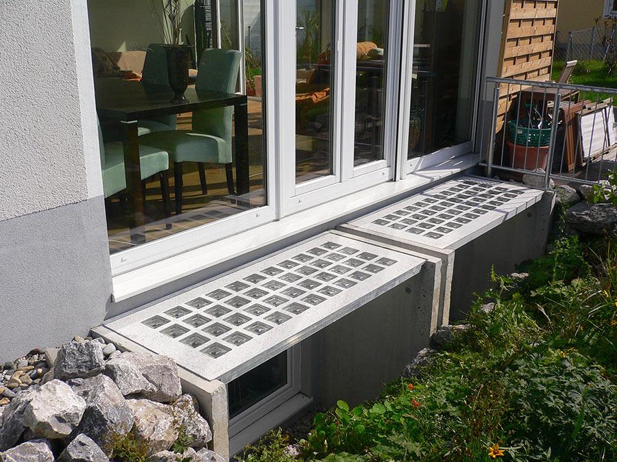 Lichtschacht-Abdeckung für mehr Terrassenfläche